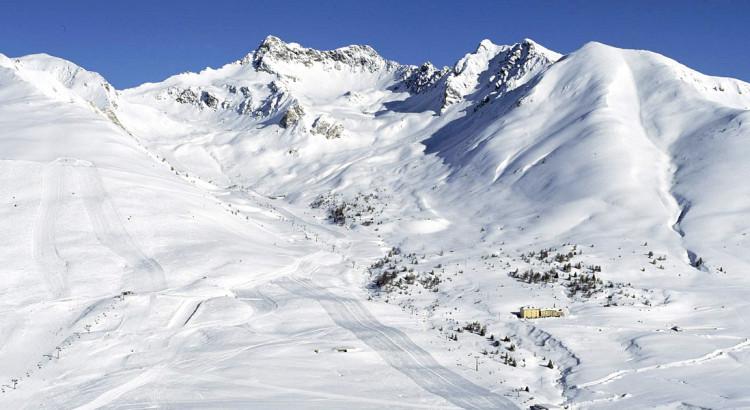 Passo Tonale ski